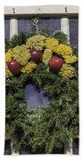 Williamsburg Wreath 25 Bath Towel