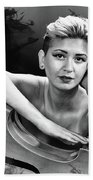 Young Woman Nude 1729.574 Bath Towel