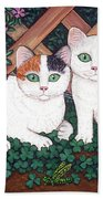 Kittens And Clover Bath Towel