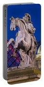 Musee Du Louvre Statue Portable Battery Charger