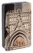 Seville Cathedral Ornamentation Portable Battery Charger