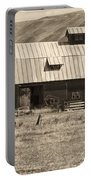 A Barn Near Ellensburg Wa Bw Portable Battery Charger