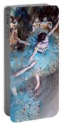 Ballerina On Pointe  Portable Battery Charger