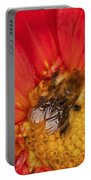 Bee On Dahlia - 2 Portable Battery Charger