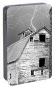 Black And White Old Barn Lightning Strikes Portable Battery Charger