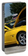 Bumble Bee Side View 7904 Portable Battery Charger