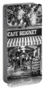 Cafe Beignet Morning Nola - Bw Portable Battery Charger