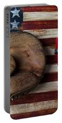 Catchers Glove On American Flag Portable Battery Charger