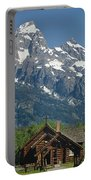 1m9335-chapel And Grand Teton Portable Battery Charger