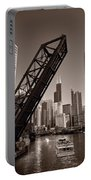 Chicago River Traffic Bw Portable Battery Charger