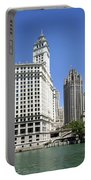 Chicago River Walk Wrigley And Tribune Portable Battery Charger