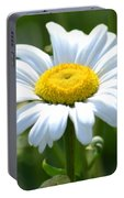 Daisy Bright Portable Battery Charger