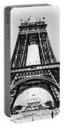 Eiffel Tower Construction Portable Battery Charger