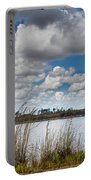 Everglades Lake 6853 Portable Battery Charger