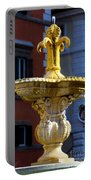 Fountain Piazza Farnese Portable Battery Charger