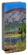 Freestone Inn Lakeside View Portable Battery Charger