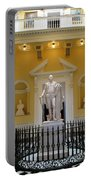 Georg Washington Statue - Capitol Richmond Portable Battery Charger