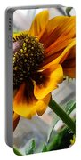 Greenhouse Daisy Portable Battery Charger