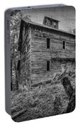 Greer Mill Black And White Portable Battery Charger