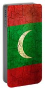Grunge Maldives Flag Portable Battery Charger