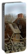 Hartwell Tavern 3 Portable Battery Charger