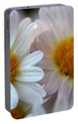 Hazy Day Daisies  Portable Battery Charger