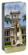 King Kamehameha In Leis Portable Battery Charger