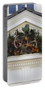 Kings Arms Pediment Spray Portable Battery Charger