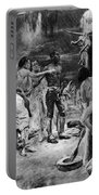 Lewis & Clark York Portable Battery Charger