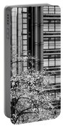 Lloyd's Of London 05 Portable Battery Charger
