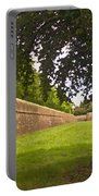 Lucca Walls Portable Battery Charger