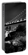 Manhattan Bridge Black And White Portable Battery Charger