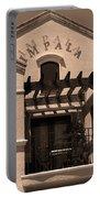 Miami Beach - Art Deco 28 Portable Battery Charger