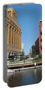 Milwaukee River Architecture 5 Portable Battery Charger