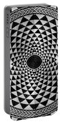 Mosaic Circle Symmetric Black And White Portable Battery Charger
