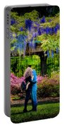 New York Lovers In Springtime Portable Battery Charger