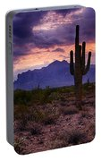 Pink Skies At The Superstitions Portable Battery Charger
