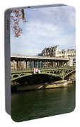 ponte verde a Parigi Portable Battery Charger