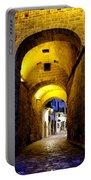 Porta Alfonsina Portable Battery Charger