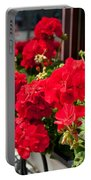 Bunches Of Vibrant Red Pelargonium Flowering  Portable Battery Charger