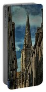 Cathedrale Saint-vincent-de-saragosse De Saint-malo Portable Battery Charger