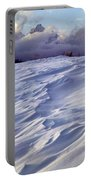1m9347-sculptured Snow And Grand Teton Portable Battery Charger