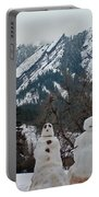 Flatiron Snowmen. Portable Battery Charger
