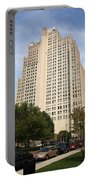 St. Louis Skyscraper Portable Battery Charger