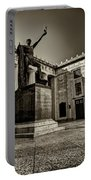 Tennessee War Memorial Black And White Portable Battery Charger