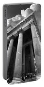 The Pantheon In Rome Bw Portable Battery Charger