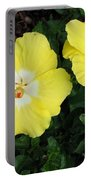 Tropical Hibiscus - Bonaire Wind 02 Portable Battery Charger