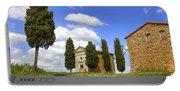 Tuscany - Cappella Di Vitaleta Portable Battery Charger