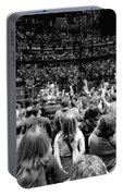 U2-crowd-gp13 Portable Battery Charger