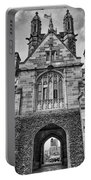 University Of Sydney-black And White V4 Portable Battery Charger